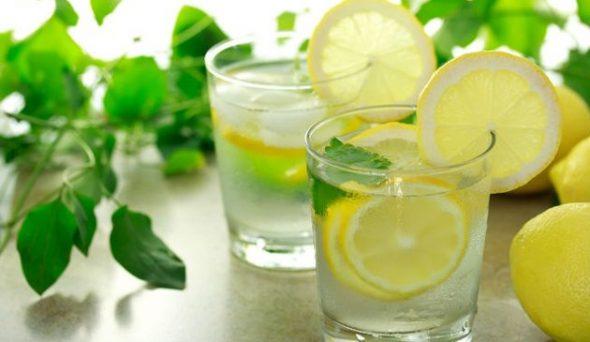 Günlük Limonlu Su İçmek İçin 12 Neden | Limon Suyunun Kullanım Alanları ve Sağlık Faydaları