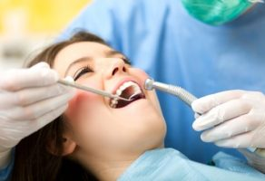 Diş Kökü İltihabı Belirtileri ve Tedavisi